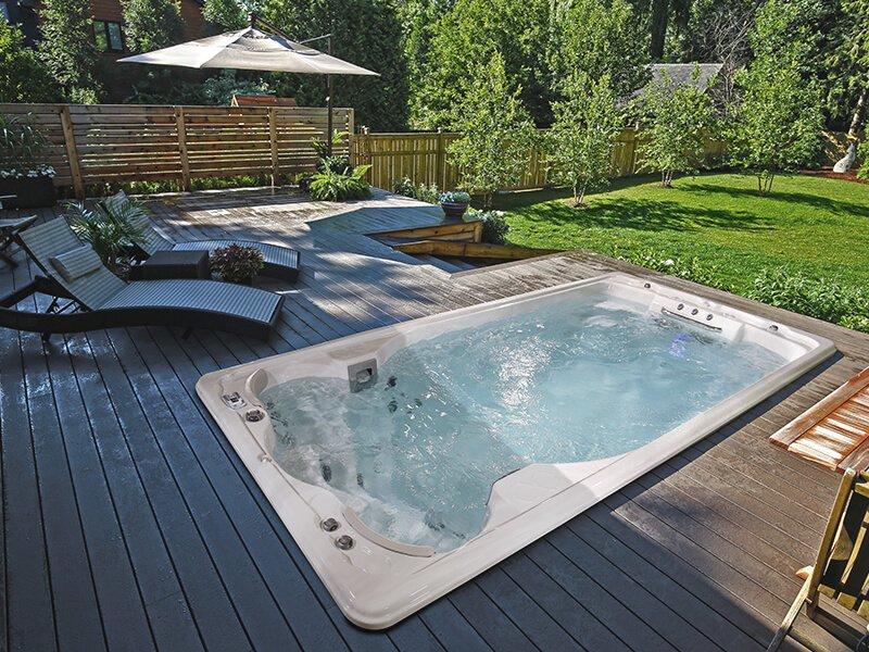 Spa de nage Swimlife Jacuzzi - Rêve de Piscine & Spa à Nantes Carquefou La Baule Loire Atlantique (44)