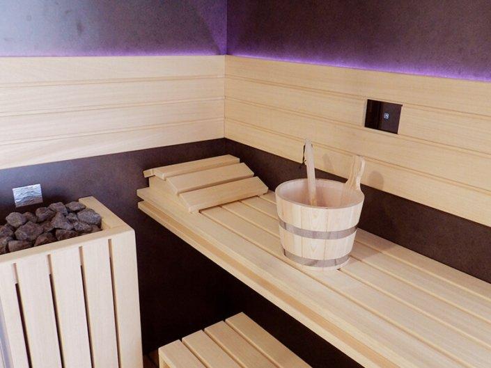 Sauna Jacuzzi Sasha Mi à Saint Herblain - Rêve de Piscine & Spa à Nantes Carquefou La Baule Loire Atlantique (44)