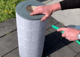 Nettoyage du filtre à cartouche d'une piscine en vidéo - Rêve de Piscine & Spa à Nantes Carquefou La Baule Loire Atlantique (44)